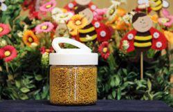 گرده گل 200 گرمی محصول شرکت عسل باران باغرو (عسل مهرنوش)  گرده گل دارای خواص بسیار زیادی می باشد که می توان به موارد زیر اشاره کرد:      تنظیم عملکرد روده     رفع کم خونی     بهبود متابولیسم بدن     رفع بی اشتهایی     رفع کمبودهای مواد معدنی، تاخیر در رشد و شیر دادن     درمان یبوست  جهت خرید با ما تماس بگیرید  تلفن: 33333684 – 045     فکس: 33335374 – 045 همراه: 09141519559 ایمیل: baghro@gmail.com