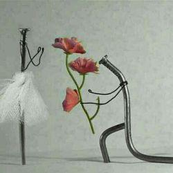 پای عشق که در میان باشه آهن هم خم میشه