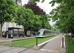 تشویق مردم در اروپا برای استفاده از وسایل نقلیه عمومی مترو و زیبایی فضای سبز