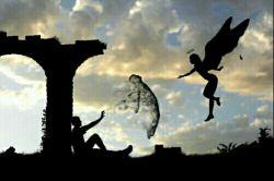 خدایا یک مرگ به تو بدهکارم و هزار آرزو طلبکار ...خسته ام ... یا طلبت را بگیر یا طلبم را بده...