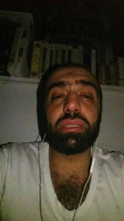 ناگفته های سلمان حدادی عکس که سلمان حدادی گریه می کند با روضه
