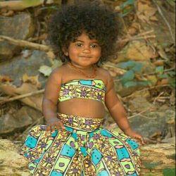 دختر زیبای سیاهپوست