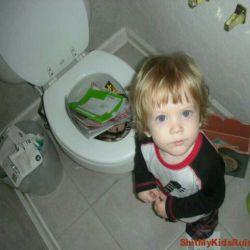 تا جاییکه بتونه تو مرتب کردن خونه به مامانش کمک میکنه...!