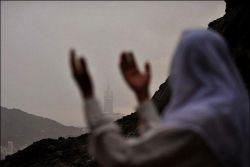 عبادت و برج شیطان که مانع دیدن کعبه میشود...