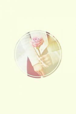 نه مرا طاقتِ غربت... نه تو را خاطرِ قربت... دل نهادم به صبوری که جز این چاره, ندانم... #سعدی