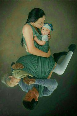در وصف مادر همین جمله بس که وصف ناشدنیه.......منتهای عشقه.....انشاالله که همشون سلامت باشن و ما همیشه قدرشونو بدونیم یادمون نره ما همون دو سه کیلو گوشتی هستیم که حتی یه مگس رو هم نمیتونستیم از خودمون دور کنیم و مادر با عشق چه شب بیداری هایی که برای ما نکشید......قدردان حضورشان باشیم ♥