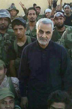 خدا قوت سردارسلیمانی عزیز حق نگهدارت باشه..