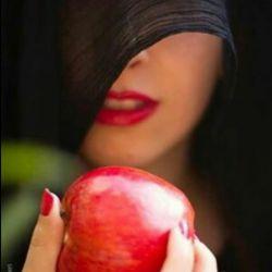 ای سیب سرخ غلت زنان در گلوی رود/ یک شهر تا بمن برسی عاشقت شده است ...