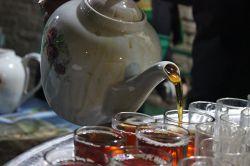 حیات خضر نبی گربه لطف آب بقاست.. حیات ما اثر چای روضه سقاست...