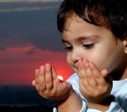 به کودکتان دعا یاد بدهید که در آینده از غیر از خدا چیزی نخواهد...