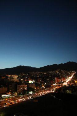 خیابان سعادت آباد