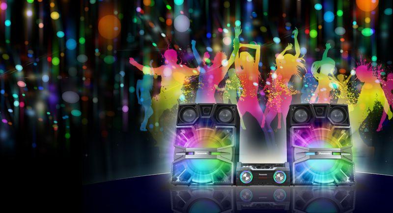 رقص نور؛ چراغ های رنگی LED سرگرم کننده تر از موسیقی نورپردازی حرفه ای همراه با طیف رنگی گسترده سوپر ووفرهای بزرگ و پویا وهمچنین قسمت اصلی دستگاه، هم نوا و هماهنگ با موسیقی، طیف رنگ های مختلف ایجاد میکند، به شکلی که فضای اتاق را تبدیل به فضای جشن میکنند.