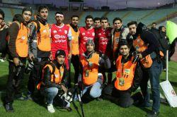عکس یادگاری بازیکنان تراکتور با عکاسان ورزشی تبریز (بعد بازی تراکتور و سایپا)