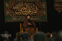 شب اول محرم 1394 هیئت مکتب المهدی (عج) مسجد الهادی (ع) حاج محمد کمیل