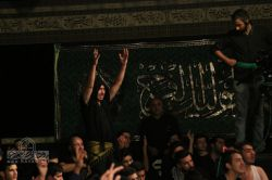 شب دوم محرم 1394 هیئت مکتب المهدی (عج) مسجد الهادی (ع) حاج محمد کمیل