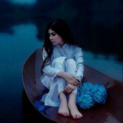 عشق تو  شوخی زیبایی بود که خدا با قلب من کرد! حالا... تو و خدا بی تقصیرید،،، من تاوان اشتباه خودم را پس میدهم...