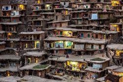 روستای سر آقا سید چهار محال و بختیاری و بافت ساختمانی جالب آن