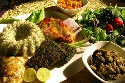 بفرمایید نهار امروزمون سبزی پلو با ماهی