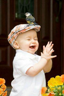 قلبم لبالب از شرر خنده های تو ...اتش زدی به جان °تو ,ولی بیشتر بخند....
