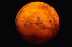 آیا ﻣﻴﺪﺍﻧﺴﺘﻴﺪ ساکنان کره ی مریخ ﻭﻗﺘﻲ ﭘﺎﺷﻮﻥ ﭘﻴﭻ ﻣﻴﺨﻮﺭﻩ   ﺯﻣﻴﻦ ﻧﻤﻴﺨﻮﺭﻥ؟      ﻣﺮﻳﺦ ﻣﻴﺨﻮﺭﻥ!  نه خدایی میدونستید؟؟؟ این اطلاعاتو مفت میزارم دم دستتون یاد بگیرین دیگه :)