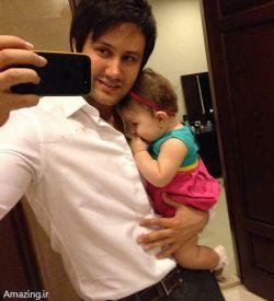 شاهرخ استخری با فرزندش