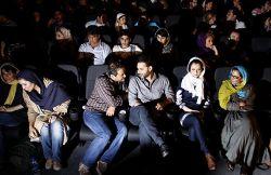 نمایی از مراسم افتتاحیه اکران فیلم زندگی با چشمان بسته