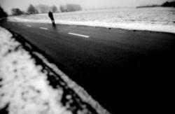 حالا که آمده ای،  از خیابان با احتیاط عبور می کنم..  همیشه حق تقدم با آنان است که عجله دارند..  اما کاری ندارند..............