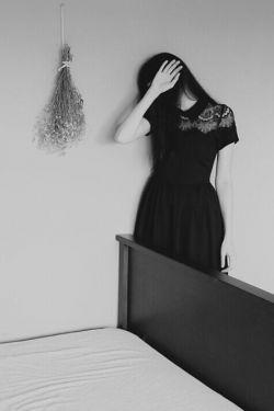 آخرم را شنیدی اما ... در دلت هیچ التهابی نیست با تو مرگ و بدون تو مرگ است... عشق را هیچ انتخابی نیست!