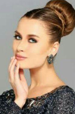 زن دانا به مرد الهام میدهد،  زن زیبا مرد را مفتون میسازد، ولی زن مهربان مرد را تصاحب میکند......
