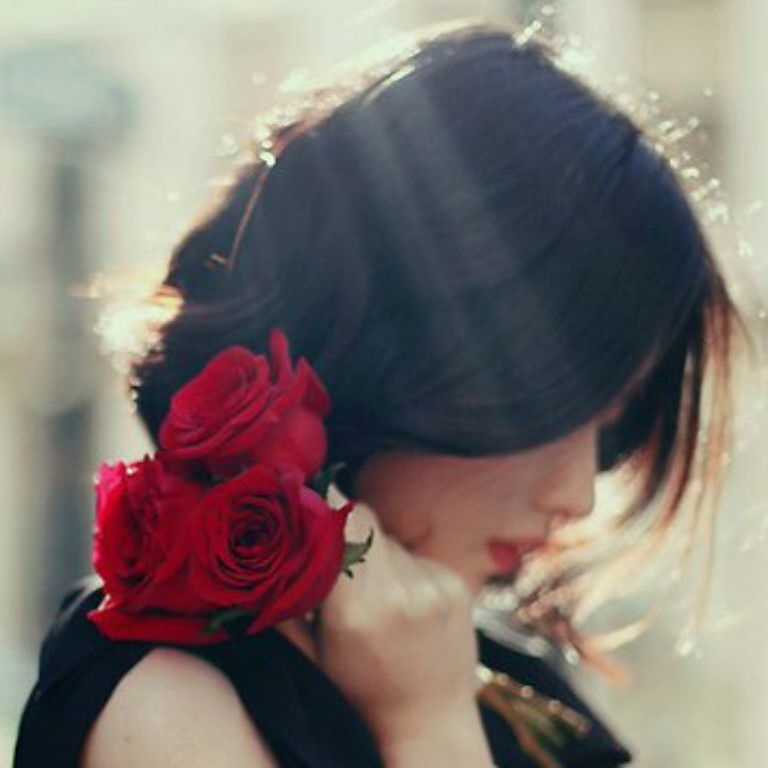 با وفا خواندمت از عمد که تغییر کنی  گاه در عشق نیاز است به تلقین کردن (!)