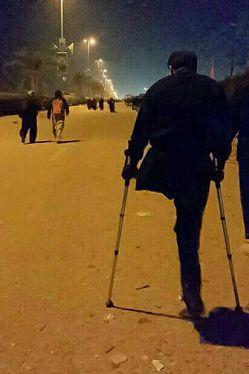 یک پا در راه  وطن ؛ یک پا در راه حرم