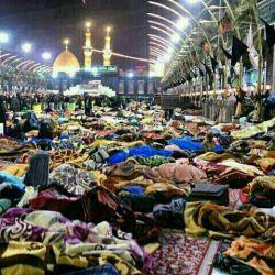 زائران به عشق رسیدند و خوابیدند....من بیچاره خواب ندارم از دوری ...(صلی الله علیک یا ابا عبدالله الحسین)