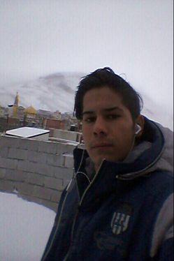 آقا اینجا برف باریده 80 متر یا اکثر امام زاده ها