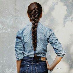 موهایت را هرکسی میتواند ببافد، اما روزی خواهی فهمید، دیگر هیچکس مثل من، با موهایت شعر نخواهد بافت...