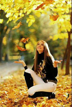 بخند هرچند غمگینی،ببخش هرچند مسکینی...فراموش کن هرچند دلگیری....زندگی اینگونه زیباست بخند ،ببخش،فراموش کن....