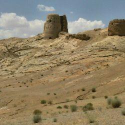 دژ کوه اتشکده زرتشت با قدمت ۲۰۰۰ساله اصفهان جرقویه