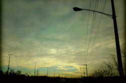 آسمان زیبای مشهد بعد از یه روز برفی  امروز چهارشنبه 18 . 09 . 1394 بزرگراه شهید بابانظر