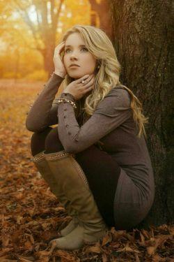 وه.... چه زیبا بود اگر پاییز بودم...