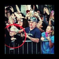 تنها کسی که از لحظه لذت میبره ! # مجازی