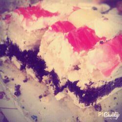 کیک بستنی ای که فامیل های کوفت خوردمون خوردن