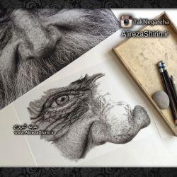 درحال کار روی طراحی نقاشی سیاه قلم هایپررئال گالری نقاشی تک نگاره ها نقاشی علیرضا شیرین ---------------------------------------------- جهت حضور و ثبت نام در کلاسها به وبسایت و یا اینستاگرام مراجعه کنید شبکه اجتماعی اینستاگرام https://instagram.com/taknegareha/ ---------------------------------------------- وب سایت http://alirezashirin.ir/