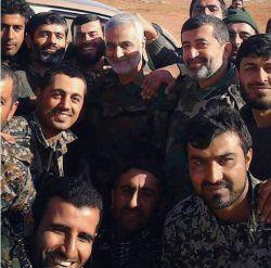 تو سوریه هم فدایی زیاد داری، خدا حفظت كنه قهرمان، بهت افتخار میكنم...