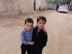كودكان عراقی در فقر هستند ولی هنوز لبخند بر لبشان بود، ولی خیلی از ثروتمندان، فقیر این لبخند ها هستند...