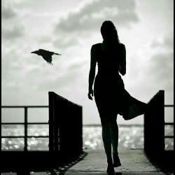 """خیلی وقت است که""""بی تابم""""..دلم تاب میخواهد! و یک هُلِ محکم...که دلم هُرّی بریزد پایین...هر چه در خودش تلنبار کرده را"""