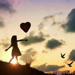 گاهی خدا را صدا کن بی آنکه چیزی بخواهی بی آنکه گله ای کنی بی آنکه بگویی چرا... کاش... اگر؛ بی آنکه تمام آنچه که نیست را به او نسبت دهی بی آنکه حتی بخواهی توبه کنی گاهی فقط خدا را صدا کن او برای جنبیدن حروف نامش روی زبان تو انتظار می کشد...