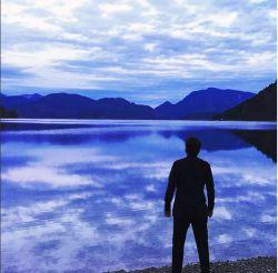 سامی یوسف برای اهل بیت(ع) خواند... اولین موزیک ویدئوی سامی یوسف از آلبوم برکت منتشر شد... http://www.aparat.com/v/2wojF