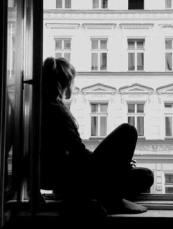 جمعه و غصه ی تنهایی و بی حوصلگی.. تازه این اول صبح است و غروبش در پیش...  #مهدی امیری