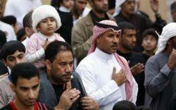 #با پایان ٫روز دهم #محرم الحرام سال 1432 هـ اهالی ٫منطقه «القریه» واقع در کشور بحرین، برای ایجاد فضای ٫دینی بر روی ذ#غال گداخته راه می روند؛ آنها این #کار را در تاسی #به خاندان رسول #خدا {*صلی الله علیه و آله*} و آتش گرفتن #خیمه هایشان #در روز عاشورا #انجام می دهند