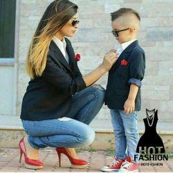 چرا همیشه مامانا با دخترشون ست کنن. یه دفه هم با پسرشون ست شن...والا