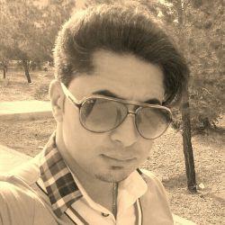 گفتند عینک سیاهت را بردار  دنیا پر از زیبایست.   عینکم را برداشتم وحشت کردم از هیا هوی رنگ ها آدمها هزار رنگ میشوند!!!!
